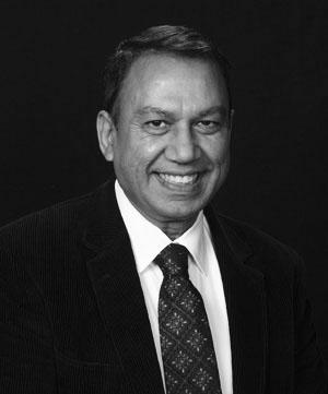 Dr Ravinder Agarwal, MD